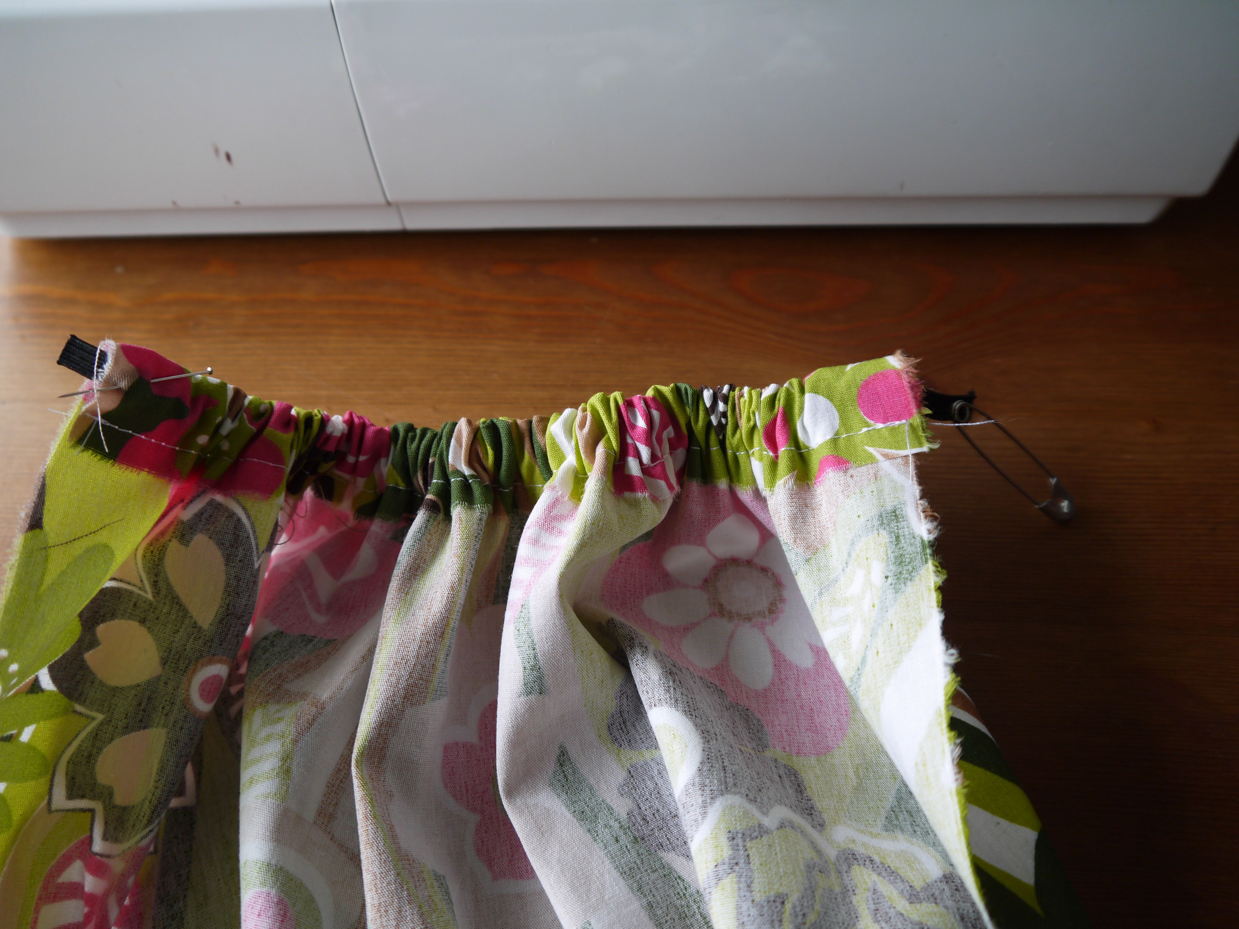 Tuto tr s simple le sac sac 39 tites mains - Tuto sac tricot en tissu ...